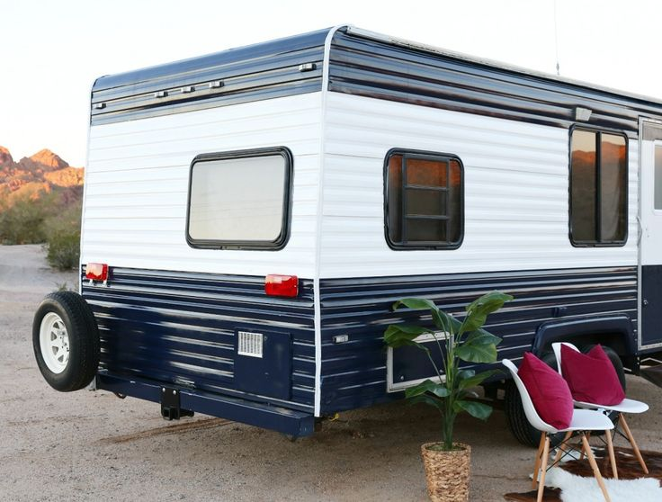1000 Ideas About Caravan Makeover On Pinterest Vintage Caravans Caravan And Camper