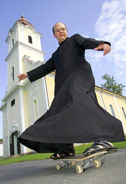 hungarian - Zoltán atya