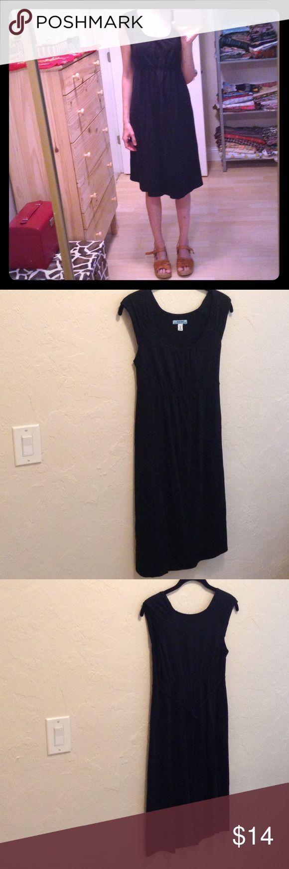 I just added this listing on Poshmark: Black Old Navy Maternity Dress Size XS. #shopmycloset #poshmark #fashion #shopping #style #forsale #Old Navy #Dresses & Skirts
