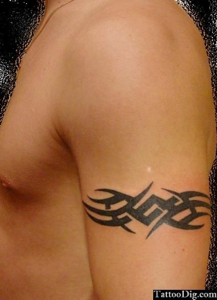 Tribal Armband Arm Tattoo