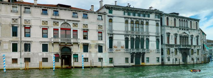 The Grand Canal in Venice, Italy, Nikon Coolpix L310, 7.3mm, 1/500s, ISO80, f/3.5,-0.3ev, panorama mode: segment 2, HDR photography, 201707151745