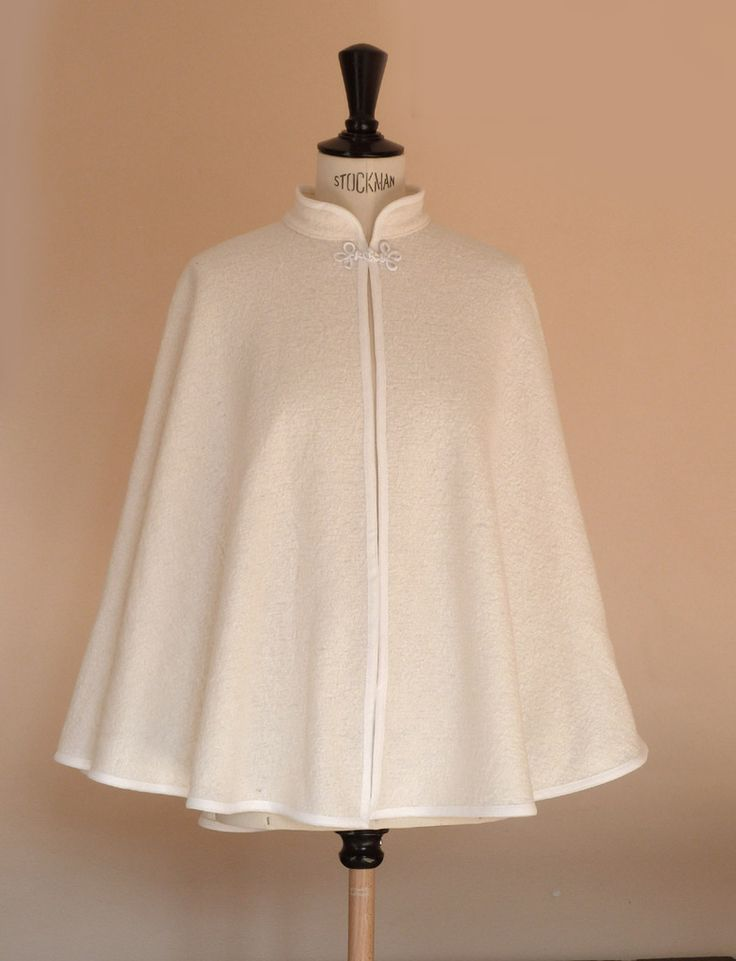 cape de mariée en laine bouilié écrue