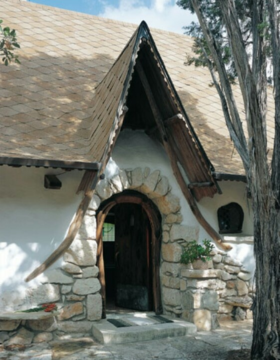 Hobbit house cob strawbale construction pinterest for Build a house in texas