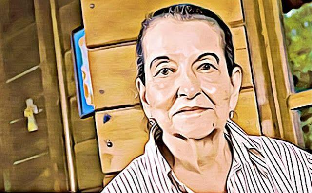 Carmen Naranjo fue una figura costarricense reconocida tanto por sus logros literarios como por su trabajo en el sector público, que nació en Cartago (Costa Rica) en 1928 y falleció en 2012. Es conocida por su extensa obra literaria en las áreas de la poesía, ensayo, narrativa y teatro.