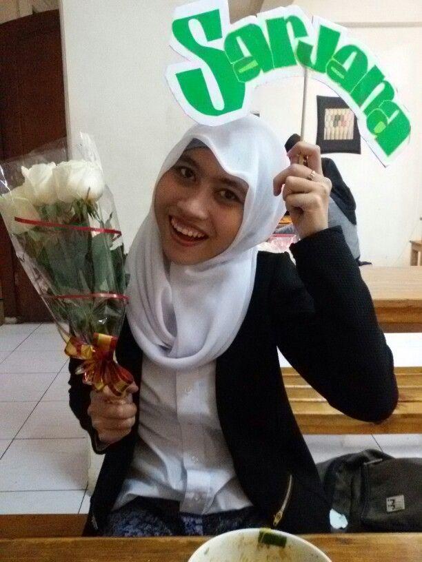 Congrats atas kelulusannya Mega Indriyanti Nuris, S. Si