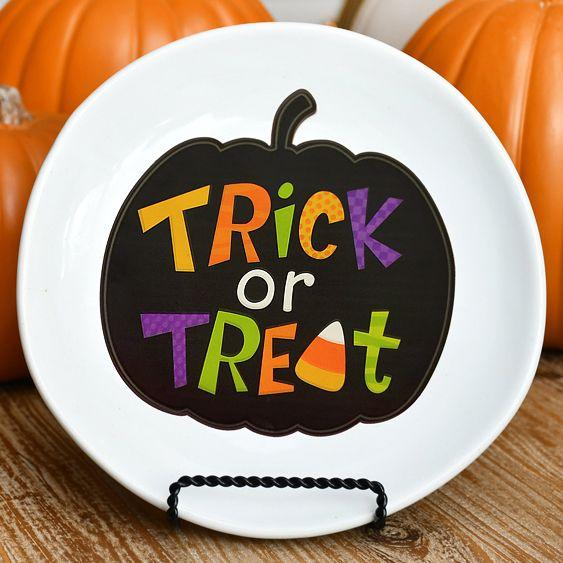 Diy Halloween Decorative Plate For Under 2 Create Your Own Halloween Plates Halloween Plates Diy Cheap Halloween Diy