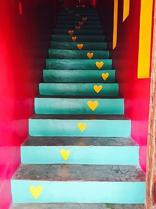 MÉXICO – Stairs at the Hotel Hafa, Sayulita, Bahía de Banderas, Nayarit. This is a 2014 picture from Bethany Mota's Instagram account @ bethanynoelm. Bethany is best known as a YouTube fashion and lifestyle vlogger with her Macbarbie07 channel. The hotel is located at Calle José Mariscal 4 between Avenida Revolución and Calle Marlin. https://www.google.ca/maps/place/Hotel+Hafa/@20.8685502,-105.449895,15z/data=!4m5!3m4!1s0x84211670f7e50c37:0x90866928c80d14d7!8m2!3d20.8685502!4d-105.4411403