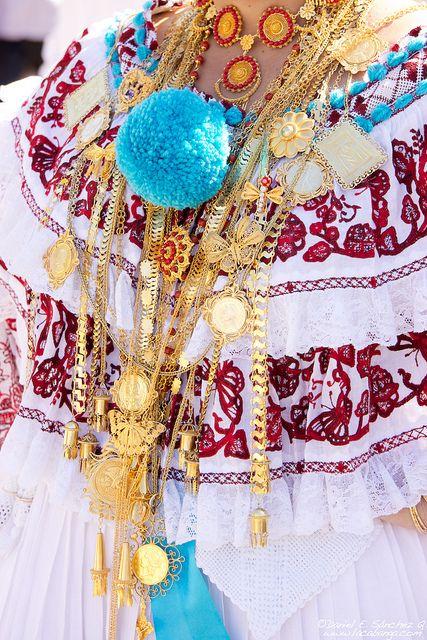 Panama traditional dress