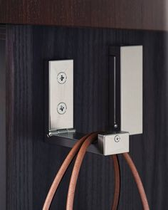 Little details that make things easier for your guests go a long way toward making a good impression. BJÄRNUM folding hooks placed on the wall near the tables or mounted under the bar provide a convenient place for guests to hang coats, purses or shopping bags.