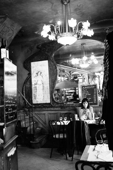 LE BISTRO DU PEINTRE Paris France. @Deidra Brocké Wallace