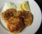 Easy Fried Salmon Patties: Salmon Patties With Lemon and Sauce