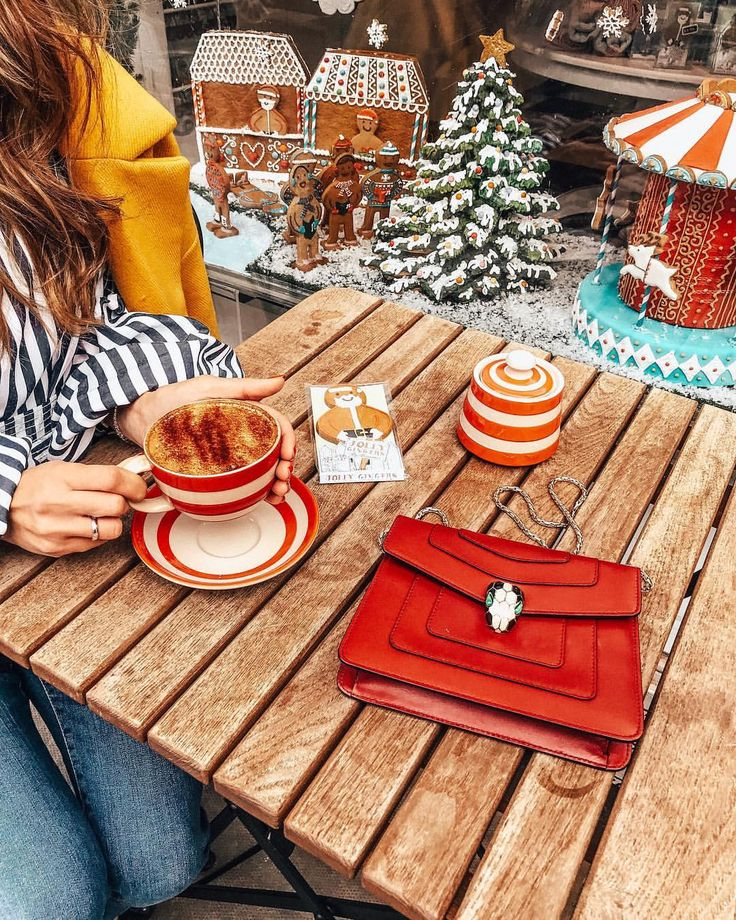 Christmas mood, festive, ginger bread, biscuits, Notting Hill