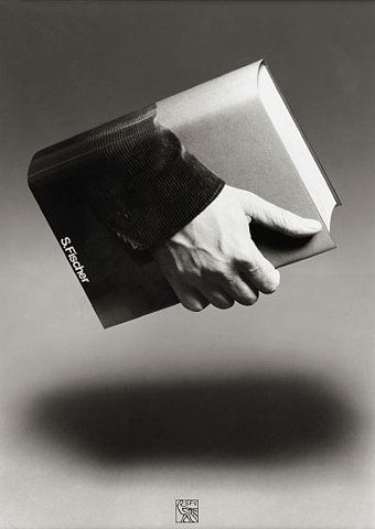 Book in hand.: Books Covers, Picture-Black Posters, Hands, Books Posters, Art, Design Books, Graphics Design, Gunter Rambow, Design Blog