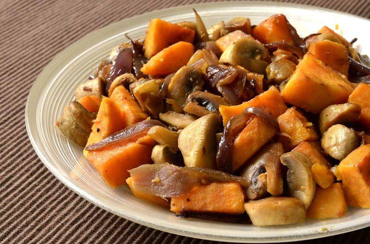 Cette poêlée plaira aux enfants car le patate douce est un peu sucrée ce qui peut les aider à manger des légumes. Elle peut être cuisinée à l'avance et réchauffée doucement à la poêle ou plus rapidement au four à micro-ondes. Vous pouvez la congeler. Alors, n'hésitez pas à augmenter les quantités pour en avoir […]