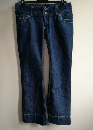 À vendre sur #vintedfrance ! http://www.vinted.fr/mode-femmes/jeans/33866306-jean-kaporal-taille-basse-coupe-evasee-t40