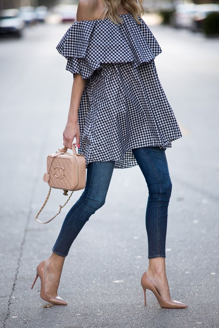 Little Blonde Book A Fashion Blog by Taylor Morgan: Ruffled Gingham: Day to Night