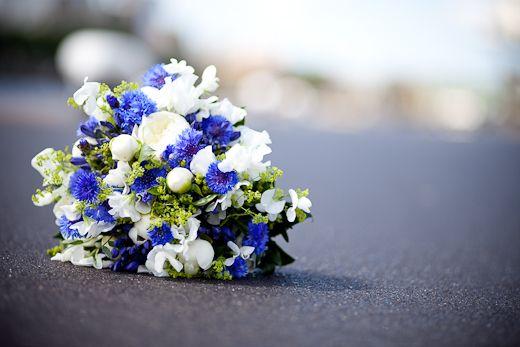 Wedspiration: blauw..ik houd van jou als ik trouw! - Pinterested @ http://wedspiration.com.