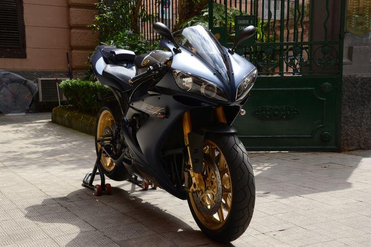 Yamaha R1 SP one-off