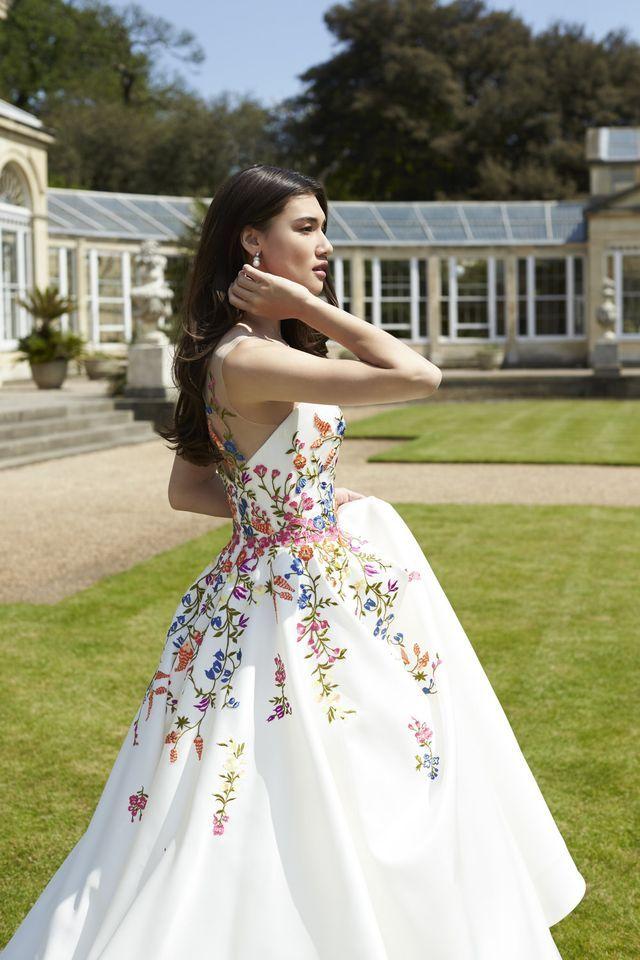 Sassi Holford Twenty17 Collection {Exclusive Look} (Rock My Wedding)