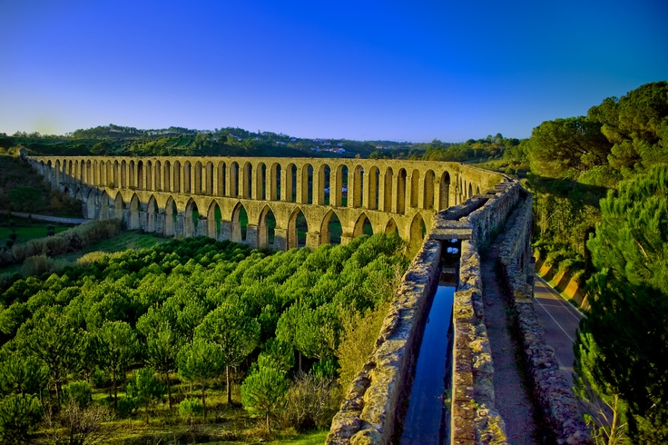 The Pegões aqueduct was built in order to supply water to the Convento de Cristo in Tomar, Portugal