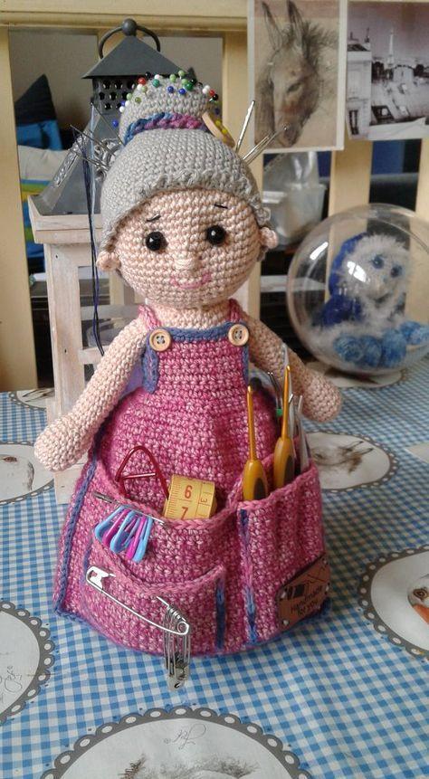 Pin de Mary Guzmán en Crochet pin cushions~♤ | Pinterest | Muñecos ...