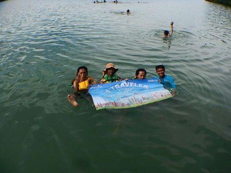 Setelah Tukik, Yuk Berenang Bareng Ubur-ubur Di Danau Pulau Kakaban - http://darwinchai.com/traveling/setelah-tukik-yuk-berenang-bareng-ubur-ubur-di-danau-pulau-kakaban/