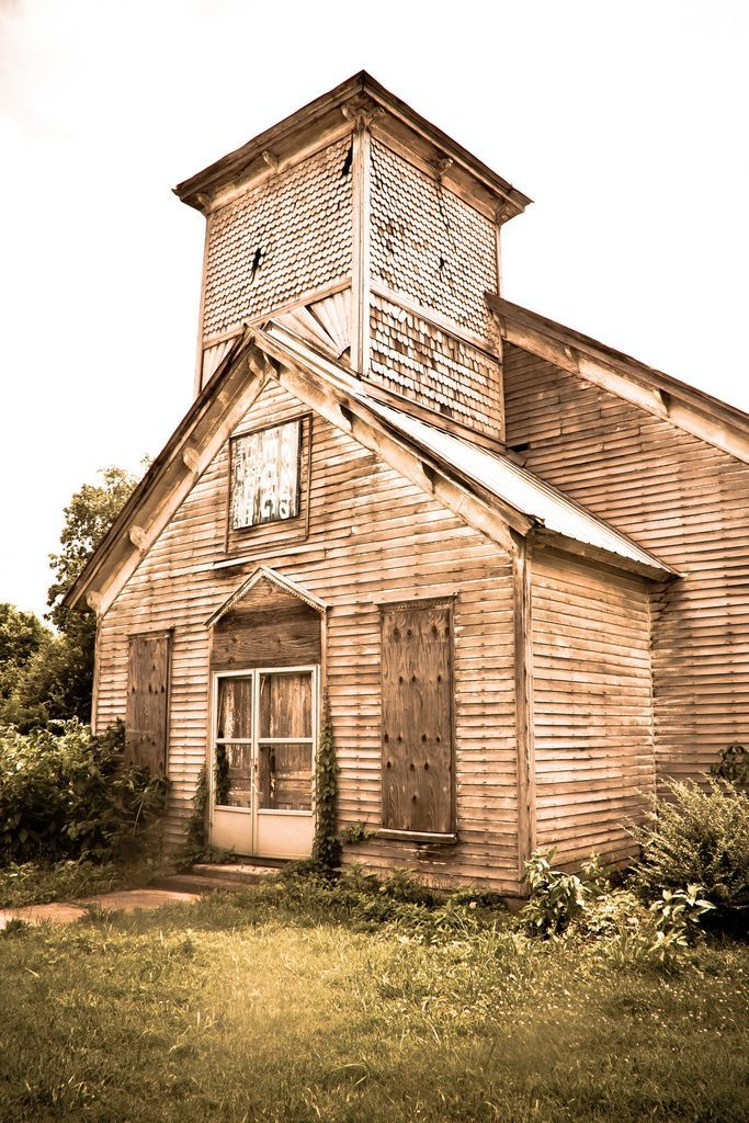 Old wooden church in Adams, Tennessee