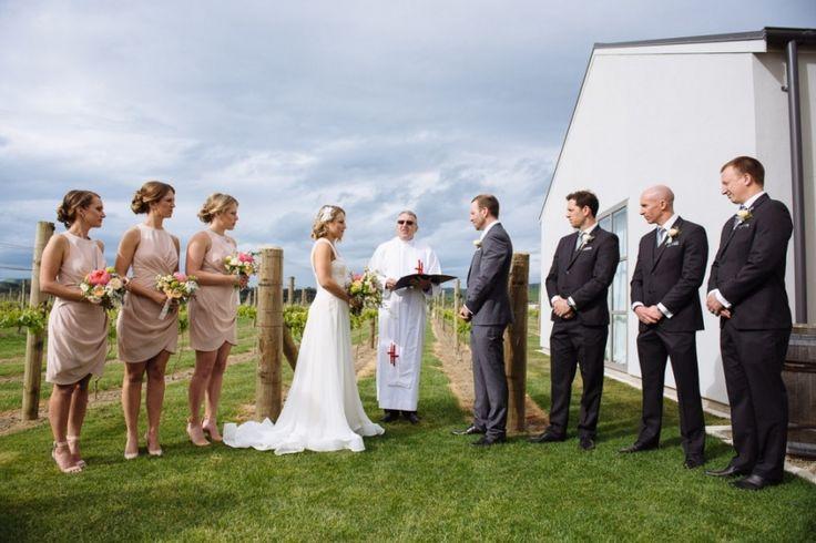 illustro-wedding-photographer-martinborough-emma-jason-040