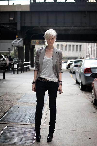 Kate Lanphear.: Shorts Hair, Kate Lanphear, Rocks Stars, Grey Blazers, Katelanphear, Style Icons, Fashion Blog, Black Jeans, Black Pants