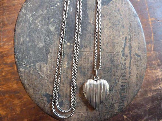 prachtige antieke art deco massief zilveren hart foto