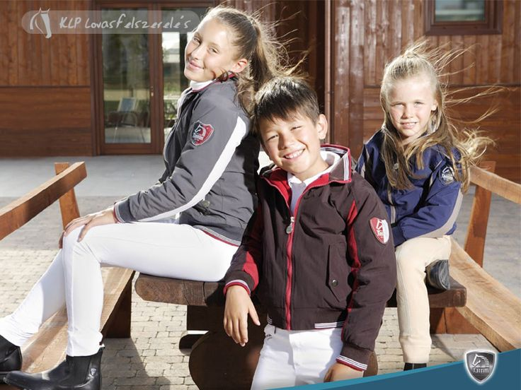 Tattini Adamello Children Bomber - Classic Bomber with two-color sleeves and striped elastic fabric in matching tones on the cuffs, collar and bottom. Made of waterproof nylon with a contrasting lining in high-quality warm anti-pilling fleece. With zipped and pressbutton flapped front pockets, personalized zip pullers, and an inside back zipper for the insertion of an embroidery, Embellished with a badge on the left sleeve.