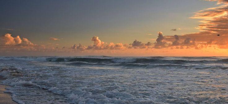 Ocean waves sunrise