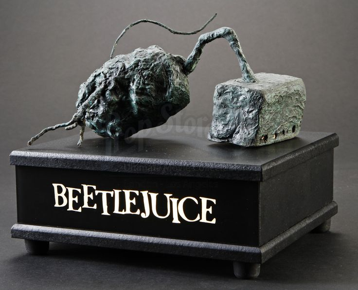 Beetlejuice: Stop Motion Potato Statue Miniature Display