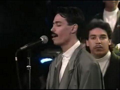 "EDDIE SANTIAGO: ""Lluvia"" en Vivo Programa 'Salsa' SIGO ATREVIDO (1987) - YouTube"