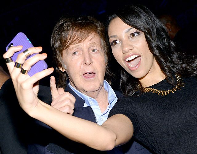 Paul McCartney: You say hello, we say, take a selfie with me! #BeatleSelfie