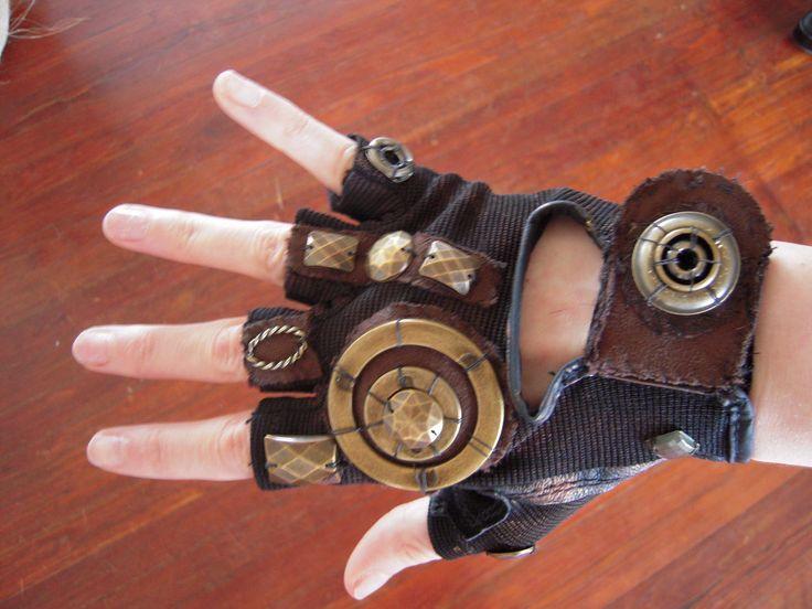 steampunk gloves women | Unique, detailed steampunk glove made to be worn on one hand. Women's ...