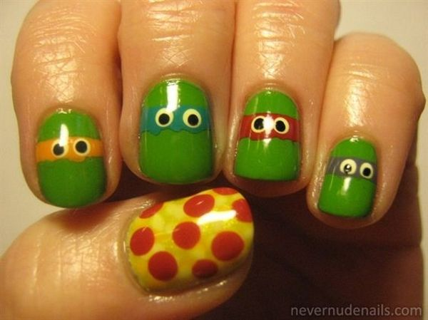 Mom's might wanna try these Ninja Turtles nail designs