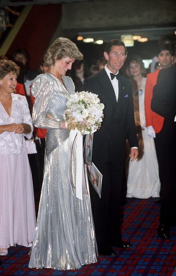 WEARING A SILVER LAMÉ BRUCE OLDFIELD GOWN TO A FILM PREMIERE IN MELBOURNE, 1985. Princess Diana australia 1988 - Rackedclockmenumore-arrownoyes :