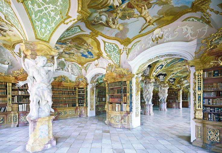 Biblioteca da Abadia de Metten em Nattremberg, Alemanha.