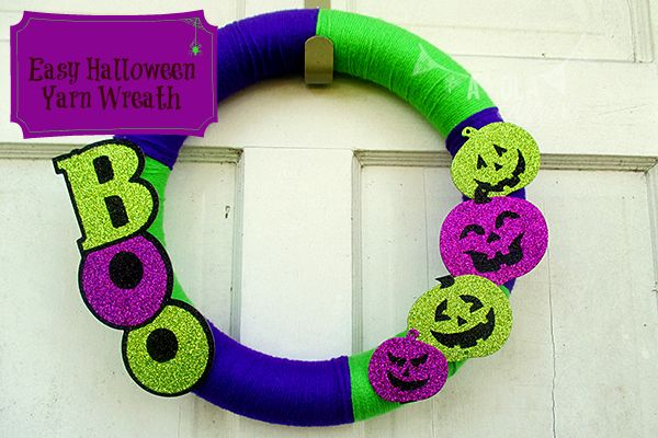 easy-halloween-yarn-wreath--not expensive either!