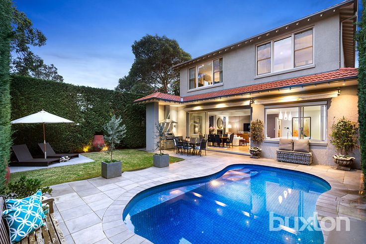 BRIGHTON 380 New Street  Gracious Family Living With Contemporary Class This magnificent up to 5-bedroom, 3.5-bathroom entertainer combines gracious period style with indoor/outdoor family living to showcase a sublime blend of past & present.   #sold #propertiessold #brighton #victoria #australia #buxton