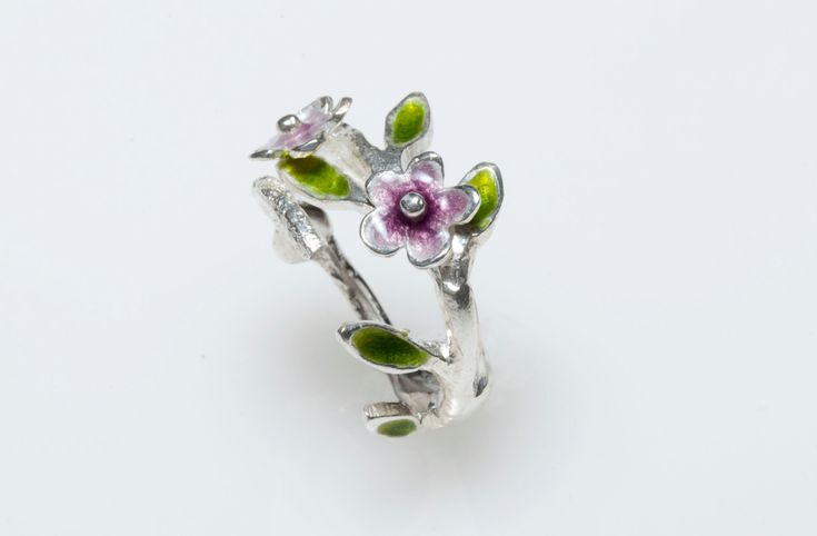 New to Giampouras on Etsy: Sterling Silver Ring Enamel RingFloral RingNatural InspiredBotanical Jewelry Gift for Mom Floral Jewelry Spring JewelryPurple Enamel (49.50 EUR)