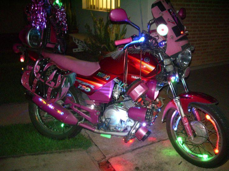 Moto Rosa na pedreira do chapadão em Campinas