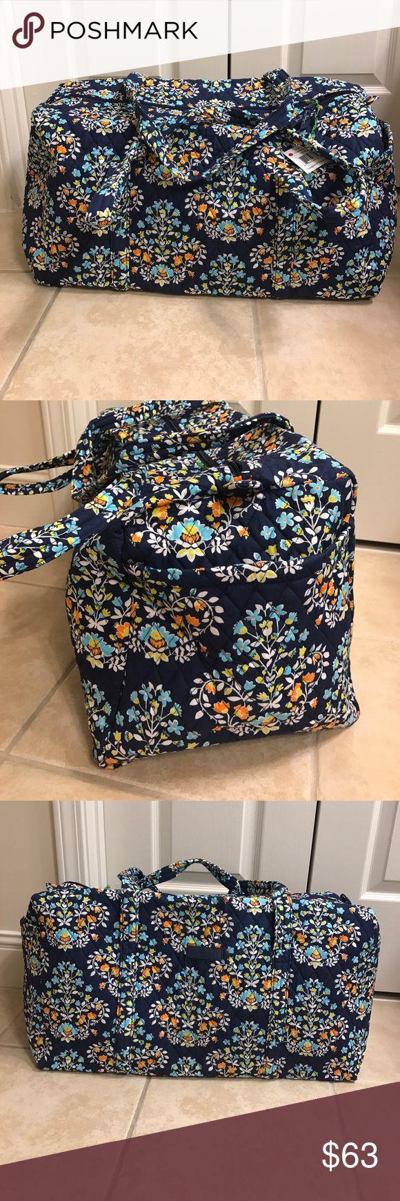 NWT Vera Bradley   large duffle bag  Travel Bags