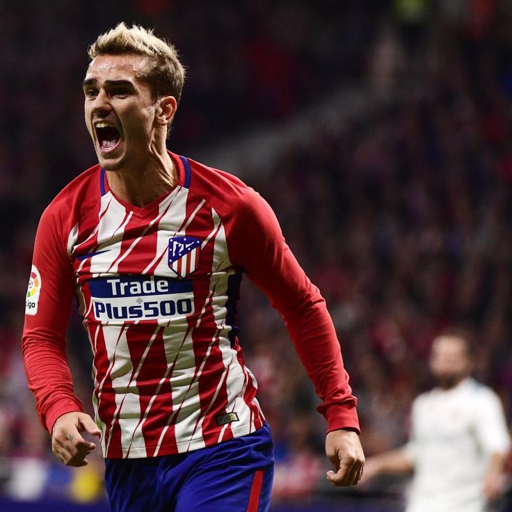 Antoine Griezmann Says Manchester United Transfer 'A Possibility'