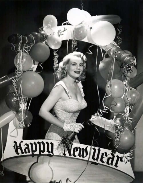 Ringing in the vintage New Year with Marie Wilson and an abundance of balloons.