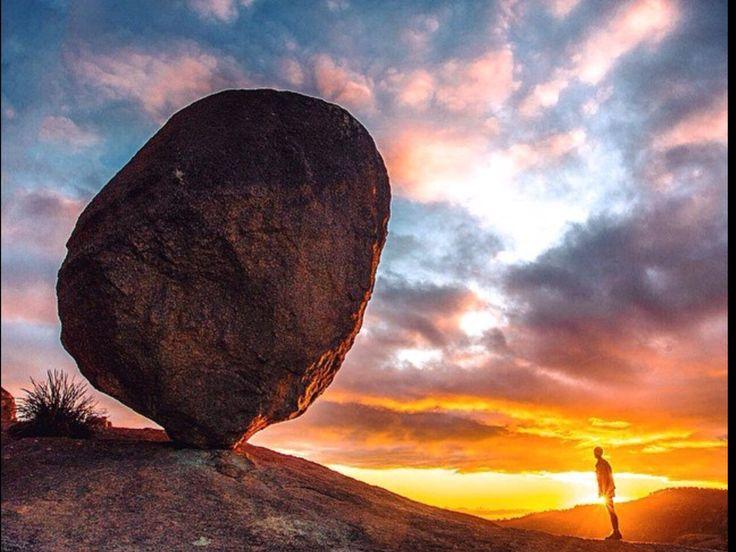 Golden Rays,national park. Stanthorpe. Australia.