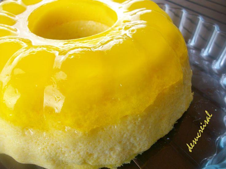 Pudin de gelatina de limón. imprime la receta   Este postre lo vi en el blog KANELA Y LIMON..donde tiene unas recetas fabulosas y muy bien explicadas..   me llamo la a...