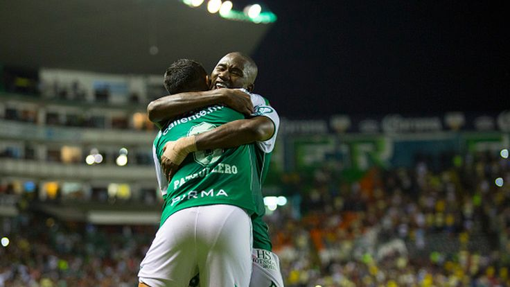 Club León come from behind in thrilling and highly controversial fashion to defeat the visiting Águilas 2-1 at the Nou Camp.