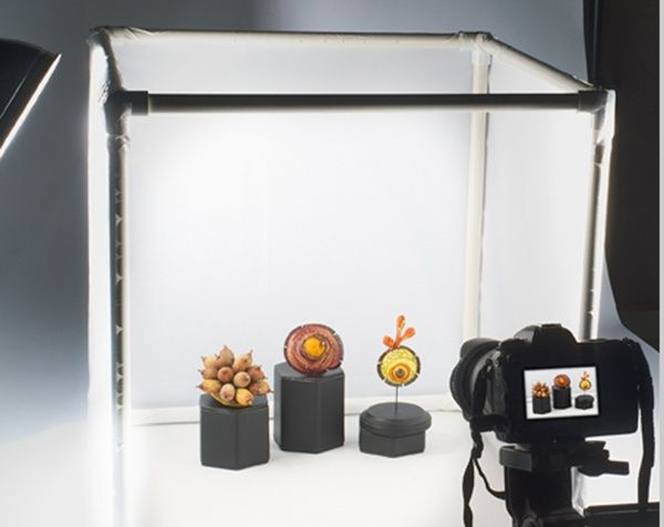 How to photograph your jewelry: tips. BeadStyleMag.com.
